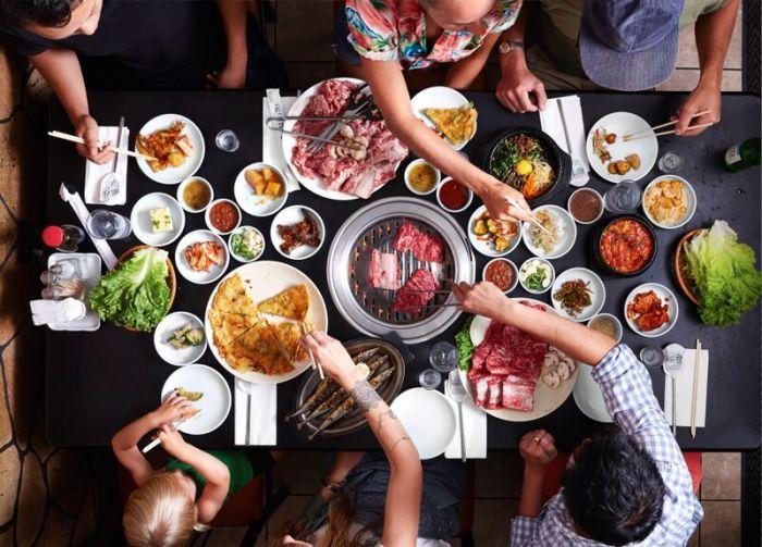 https: img.okeinfo.net content 2019 10 04 298 2113053 5-kesalahan-saat-makan-di-restoran-all-you-can-eat-rugi-banget-xLEgoFq250.jpg