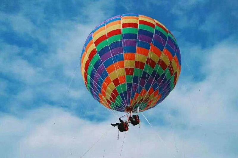 https: img.okeinfo.net content 2019 10 05 18 2113290 ibu-dan-anak-tewas-dalam-kecelakaan-balon-udara-di-lokasi-wisata-china-Jzphb6TVLq.jpg