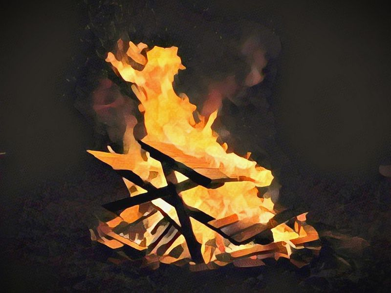 https: img.okeinfo.net content 2019 10 06 340 2113492 kapal-terbakar-di-oki-2-penumpang-tewas-snTz8P3QuI.jpg