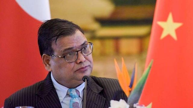 https: img.okeinfo.net content 2019 10 07 18 2113848 mantan-ketua-parlemen-nepal-ditangkap-atas-tuduhan-pemerkosaan-QwG011KGqb.jpg