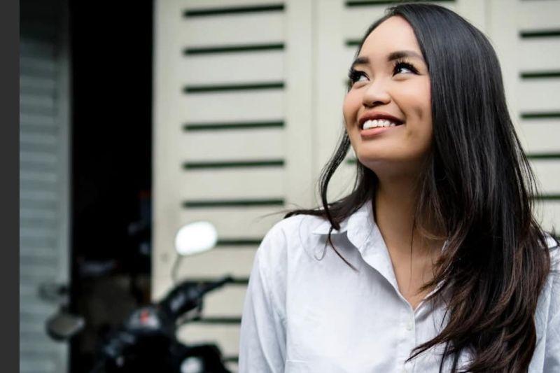 https: img.okeinfo.net content 2019 10 07 194 2113604 5-pesona-cantik-kim-pangestu-si-pastry-chef-yang-mendunia-lBp1MXOYGo.jpg