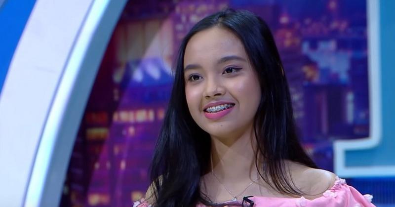 https: img.okeinfo.net content 2019 10 09 598 2114798 lyodra-tampilkan-teknik-whistle-juri-indonesian-idol-2019-menyerah-DmZ4KReeew.jpg