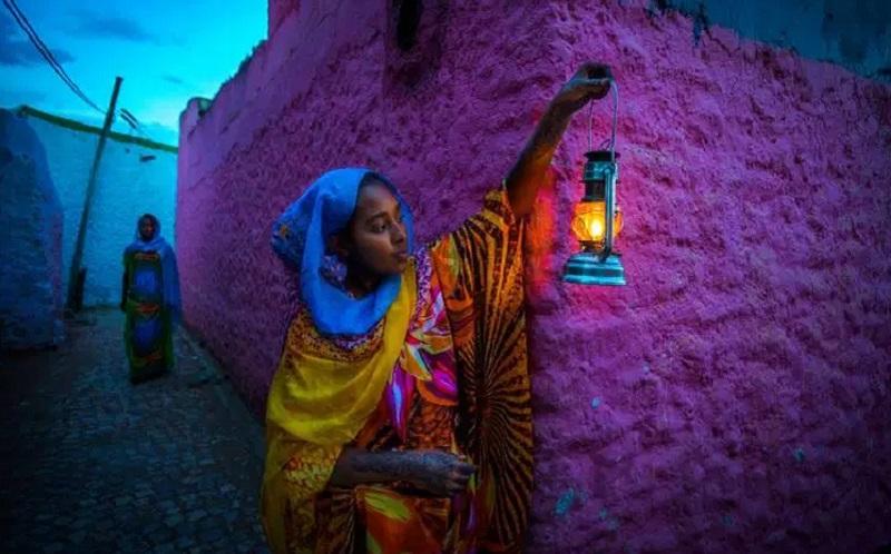 https: img.okeinfo.net content 2019 10 09 615 2114799 menengok-indahnya-kota-harar-yang-penuh-dengan-warisan-budaya-islam-VHH1VMLmGI.jpg