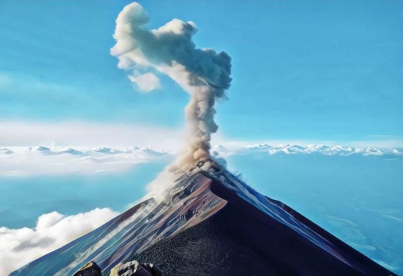https: img.okeinfo.net content 2019 10 10 512 2115068 gunung-slamet-digoyang-620-kali-gempa-status-waspada-8SGslDOxRg.jfif