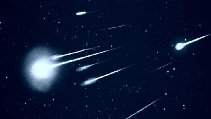https: img.okeinfo.net content 2019 10 10 65 2115271 meteor-meteorit-atau-meteoroid-ini-dia-perbedaannya-puVzalYtBw.jpg