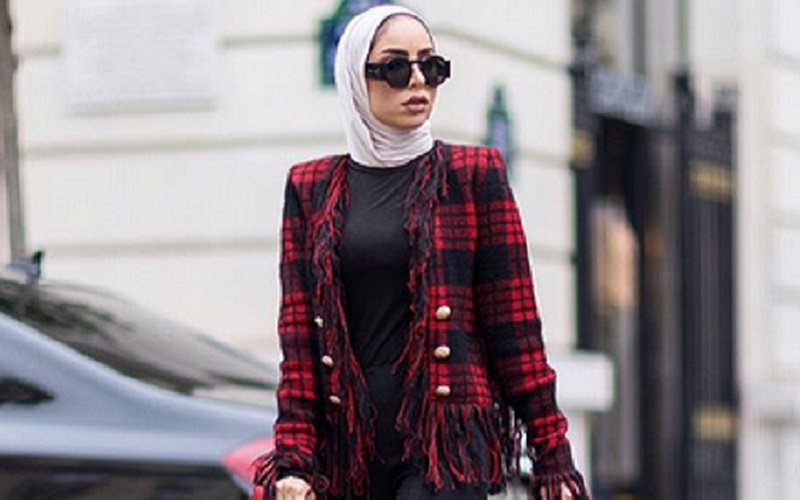 https: img.okeinfo.net content 2019 10 11 617 2115707 4-gaya-hijab-yang-bikin-kamu-makin-stylish-saat-ke-kantor-ST4l4VVBe3.jpg