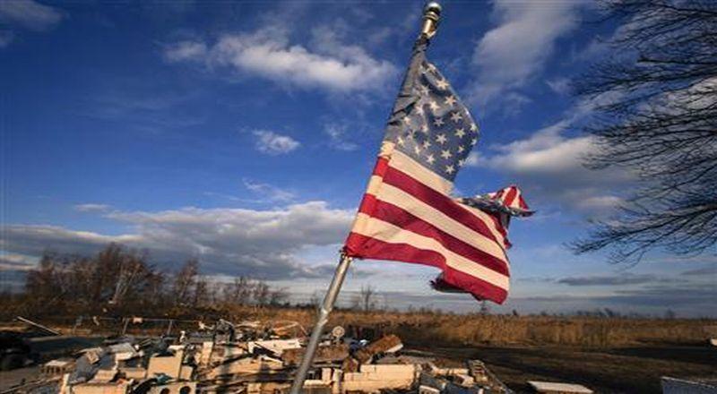 https: img.okeinfo.net content 2019 10 15 20 2117251 pabrik-pabrik-di-amerika-krisis-apa-biang-keladinya-CxZoPkmCEF.jpg