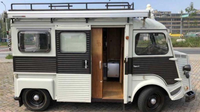 https: img.okeinfo.net content 2019 10 15 312 2117182 model-boleh-jadul-interior-mobil-camping-ini-seperti-kapal-pesiar-MOlNeXCYlJ.jpg