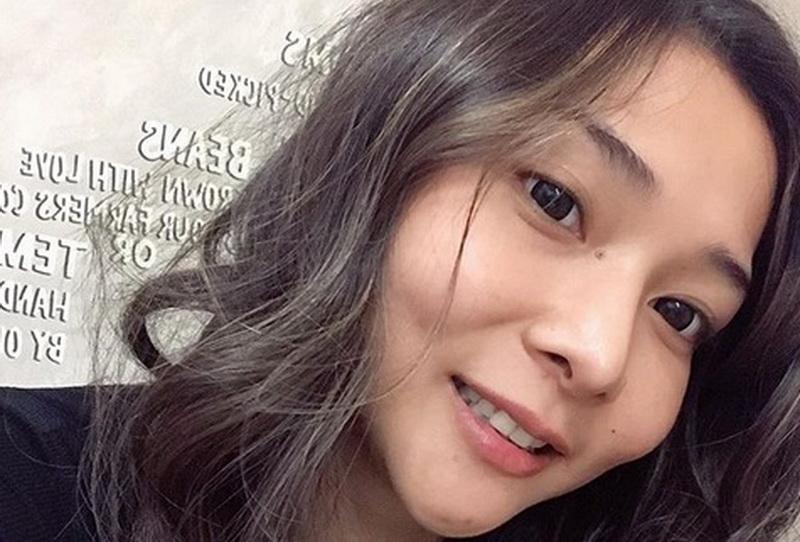 https: img.okeinfo.net content 2019 10 15 33 2117325 4-foto-seksi-mey-chan-berbikini-bahagia-hidup-menjanda-YKTxlDk1Sg.jpg