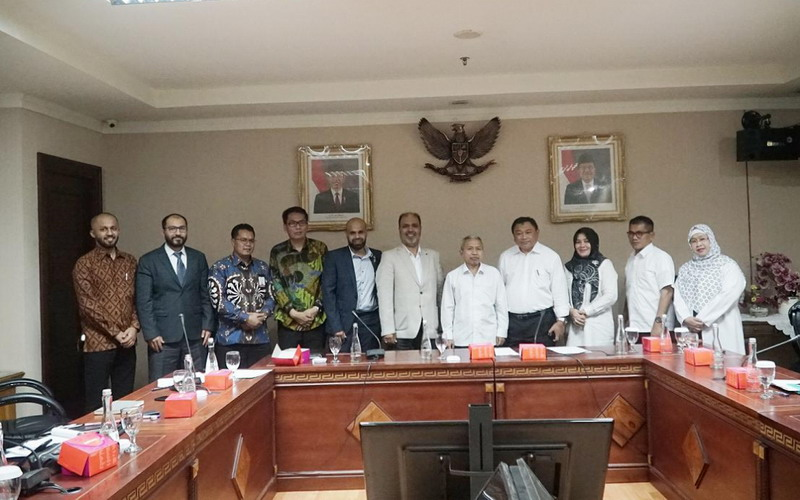 https: img.okeinfo.net content 2019 10 15 398 2117286 indonesia-percepat-pengajuan-slot-time-penerbangan-haji-2020-99sshRiKng.jpg