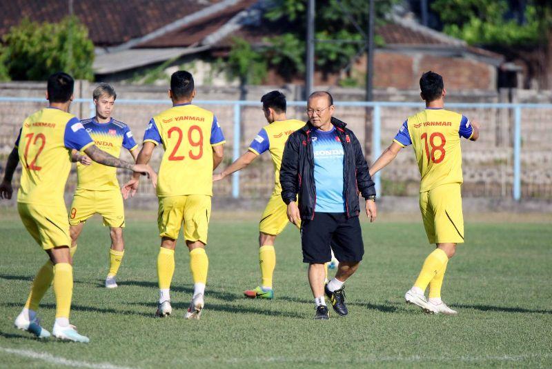 https: img.okeinfo.net content 2019 10 15 51 2116944 hadapi-indonesia-pelatih-vietnam-pentingkan-kemenangan-daripada-jumlah-gol-bWoJc1F7L3.jpg