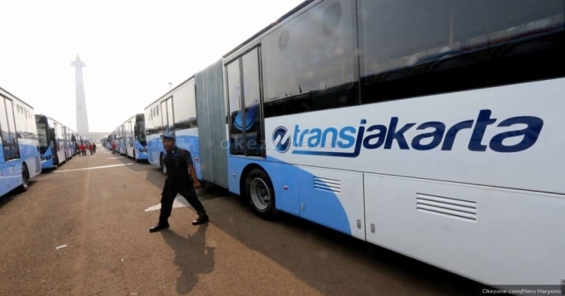 https: img.okeinfo.net content 2019 10 17 338 2118376 dishub-dki-klaim-bus-transjakarta-zhongtong-layak-mengaspal-84uvlAYqFl.jpg