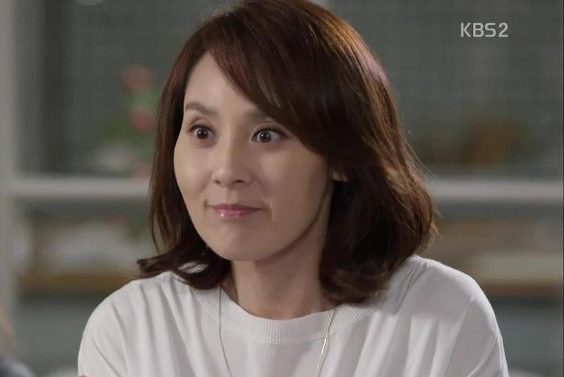 https: img.okeinfo.net content 2019 10 20 33 2119188 deretan-artis-korea-yang-bunuh-diri-karena-depresi-4CZ0A7xsEb.jpg
