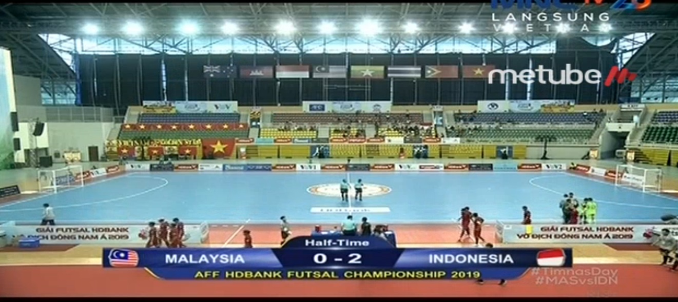 https: img.okeinfo.net content 2019 10 21 51 2119764 timnas-futsal-indonesia-unggul-2-0-atas-malaysia-di-babak-pertama-R8nOYNGmsd.jpg