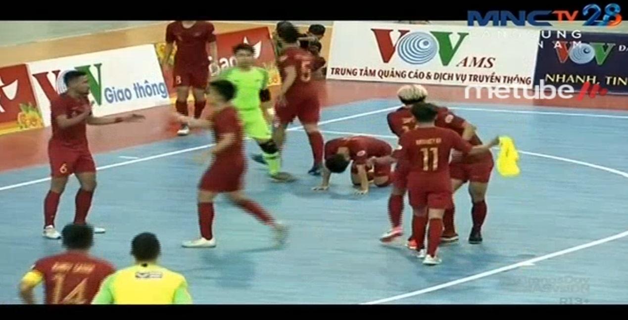 https: img.okeinfo.net content 2019 10 21 51 2119790 indonesia-menang-3-2-atas-malaysia-di-laga-perdana-piala-aff-futsal-2019-95aChRAQ2a.jpg