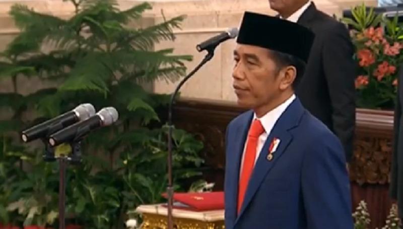 https: img.okeinfo.net content 2019 10 23 320 2120613 catat-ini-pesan-jokowi-ke-19-menteri-ekonomi-kabinet-indonesia-maju-9TQy39GTem.jpeg