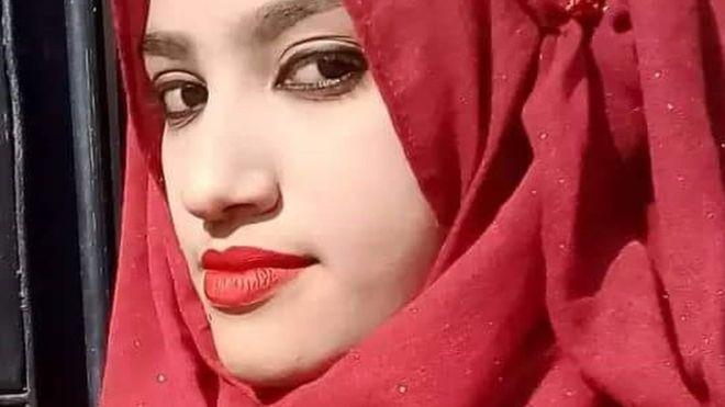 https: img.okeinfo.net content 2019 10 24 18 2121167 16-pelaku-pembakaran-siswi-bangladesh-dijatuhi-hukuman-mati-tQKDBw4qQK.jpg
