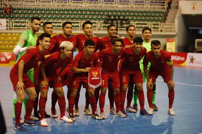 https: img.okeinfo.net content 2019 10 26 51 2122142 masuk-final-aff-2019-timnas-futsal-indonesia-meroket-ke-ranking-47-dunia-CnQE4VG6UB.jpg