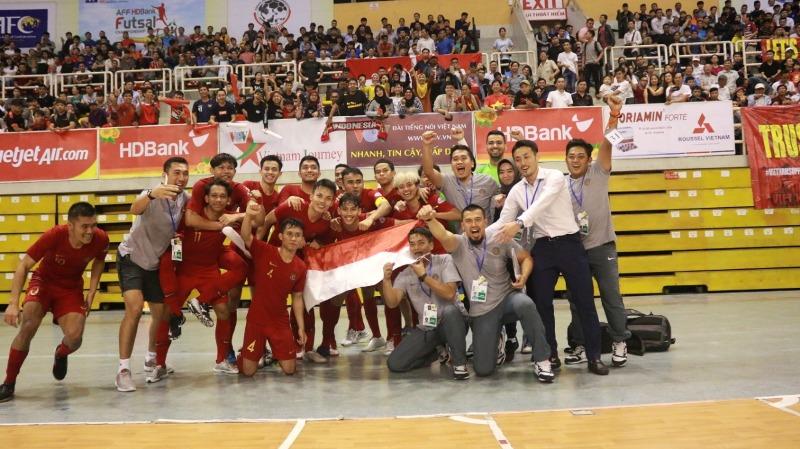 https: img.okeinfo.net content 2019 10 27 51 2122233 rekor-pertemuan-timnas-futsal-indonesia-vs-thailand-di-piala-aff-oONZEdtl96.jpeg