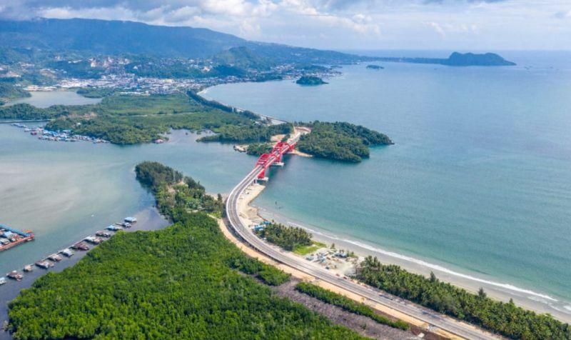 https: img.okeinfo.net content 2019 10 28 320 2122485 presiden-jokowi-akan-resmikan-jembatan-terpanjang-di-papua-HjrEw7f6Ur.jpg