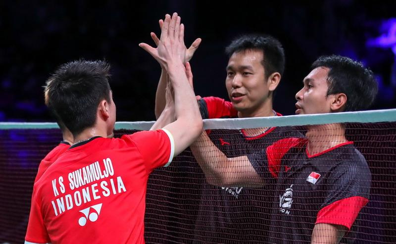 https: img.okeinfo.net content 2019 10 28 40 2122487 ganda-putra-indonesia-dominasi-gelar-juara-super-500-ke-atas-MRTQc1lW6y.jpg