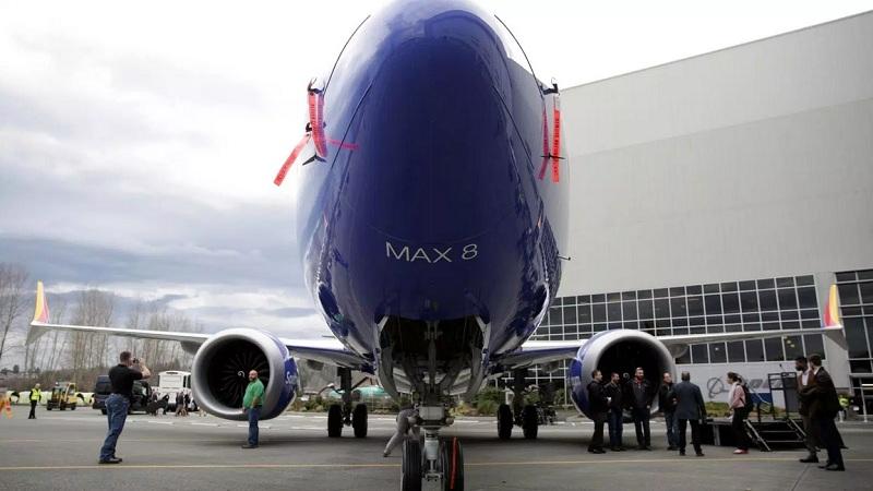 https: img.okeinfo.net content 2019 10 30 320 2123559 soal-kecelakaan-pesawat-max-737-bos-boeing-tolak-mengundurkan-diri-lSNpXociHF.jpg