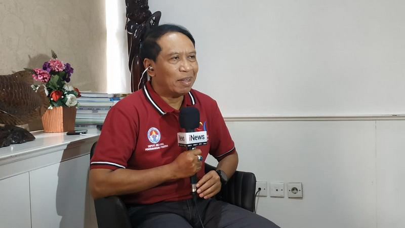 https: img.okeinfo.net content 2019 10 30 51 2123772 indonesia-bisa-gagal-jadi-tuan-rumah-piala-dunia-u-20-2021-menpora-suporter-harus-diedukasi-aNpUcL5hhA.jpg