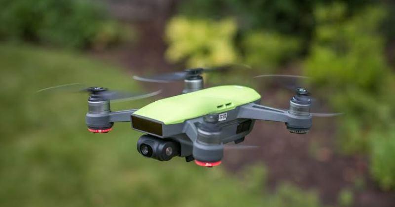 https: img.okeinfo.net content 2019 10 31 207 2124148 khawatir-disadap-as-hentikan-penggunaan-drone-asal-china-dWHuZKN6yE.jpg