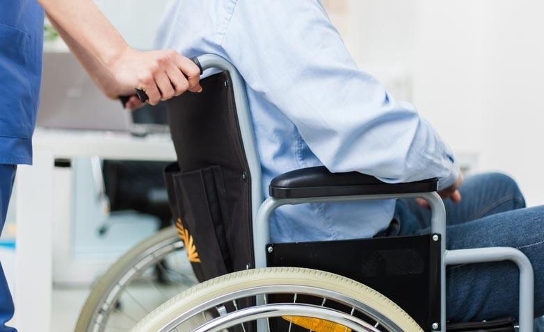https: img.okeinfo.net content 2019 11 04 481 2125736 mengenal-hidroterapi-memungkinan-pasien-stroke-bisa-berjalan-kembali-SL9x9mW9d2.jpg