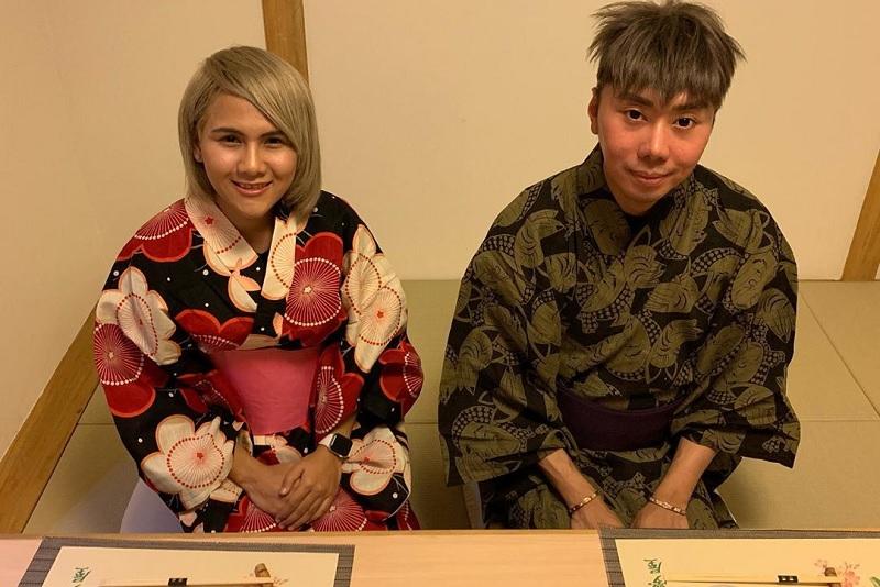https: img.okeinfo.net content 2019 11 05 33 2126204 hanya-dianggap-teman-oleh-roy-kiyoshi-evelyn-nada-anjani-pasrah-6mGzOCZ6Hl.jpg