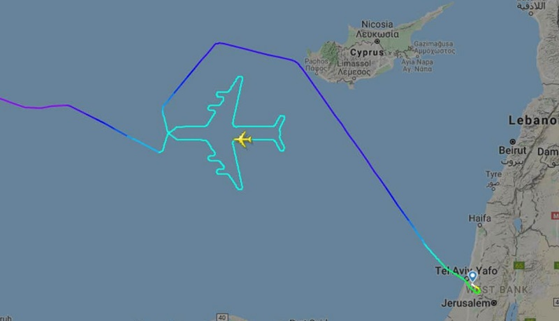 https: img.okeinfo.net content 2019 11 05 406 2125916 tandai-penerbangan-terakhir-pilot-ini-gambar-siluet-pesawat-di-udara-1YiYOGjJnM.jpg