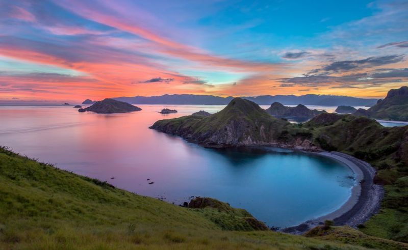 https: img.okeinfo.net content 2019 11 05 406 2126139 goes-international-labuan-bajo-masuk-daftar-wtm-2019-di-london-QkgpF3PyNO.jpg