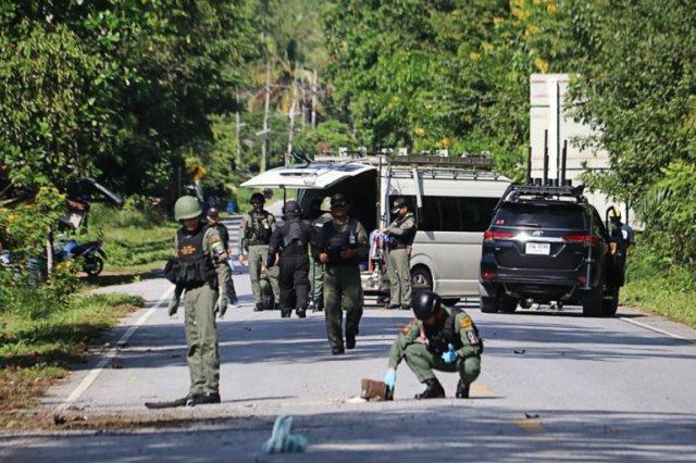 https: img.okeinfo.net content 2019 11 06 18 2126448 kawanan-bersenjata-bunuh-15-orang-di-thailand-selatan-pBGoirz6ZT.jpeg