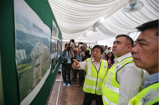 https: img.okeinfo.net content 2019 11 06 320 2126573 proyek-rts-singapura-johor-baru-disebut-efektif-atasi-kemacetan-xPs0q4W8Dq.png