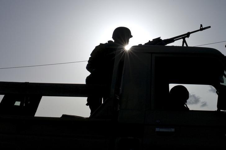 https: img.okeinfo.net content 2019 11 07 18 2126926 kelompok-bersenjata-sergap-konvoi-perusahaan-tambang-di-burkina-faso-tewaskan-37-orang-MMYomPWmhC.jpg
