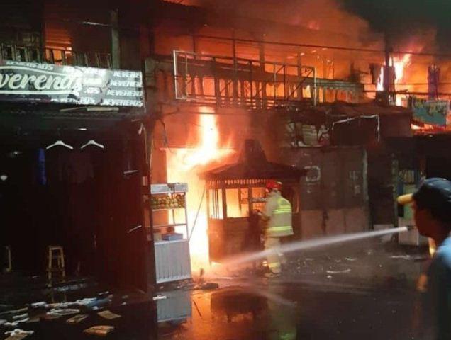 https: img.okeinfo.net content 2019 11 07 338 2127153 kebakaran-di-tambora-22-mobil-damkar-dikerahkan-api-berhasil-dijinakkan-evafkBA724.jpg
