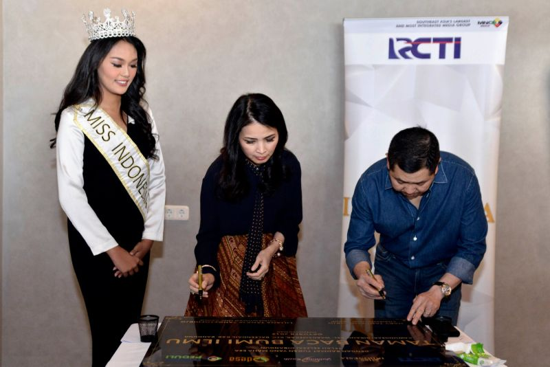 https: img.okeinfo.net content 2019 11 08 612 2127638 liliana-tanoesoedibjo-berharap-indonesia-menang-beauty-with-a-purpose-lagi-di-miss-world-2019-FpzrjFcf9t.jpg