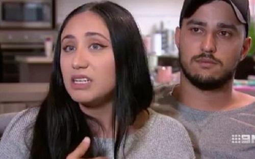 https: img.okeinfo.net content 2019 11 08 614 2127424 islamofobia-keluarga-muslim-diusir-dari-pesawat-penerbangan-bali-australia-nTB9NDyLFs.jpg