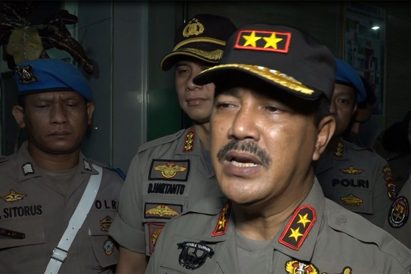 Hasil gambar untuk Kapolda sebut 9 orang berpotensi jadi tersangka kasus bom Medan