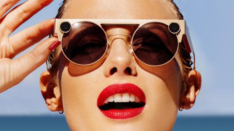 https: img.okeinfo.net content 2019 11 20 320 2132188 10-kacamata-termahal-salah-satunya-lebih-mahal-dari-harga-ferrari-iLWbwk6Fpx.jpg