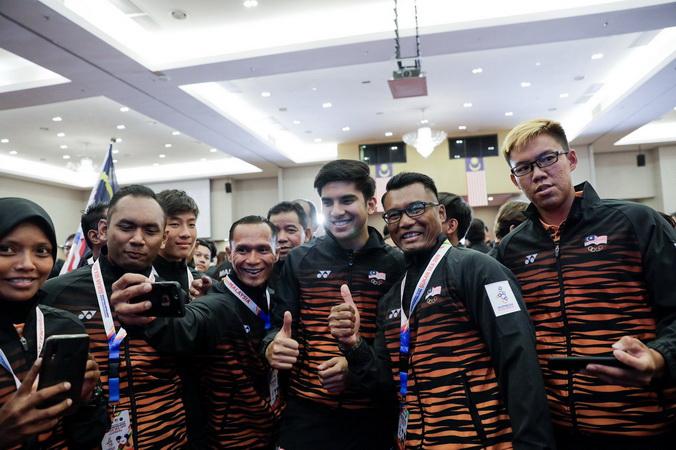 https: img.okeinfo.net content 2019 11 22 51 2133042 menpora-malaysia-tidak-maaf-atas-insiden-pemukulan-suporter-netizen-indonesia-shame-on-you-9dPxujgado.jpg