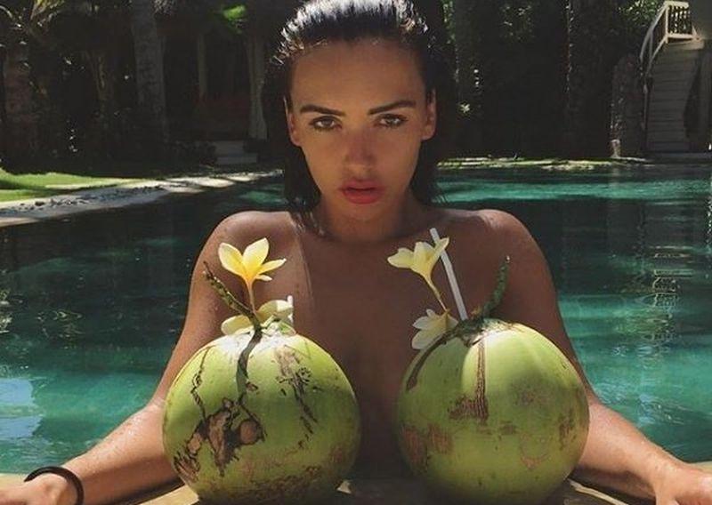 https: img.okeinfo.net content 2019 11 25 194 2133924 ini-dia-5-wanita-terseksi-di-rusia-versi-majalah-maxim-cs4tN5JW8k.jpg
