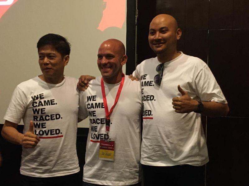 https: img.okeinfo.net content 2019 11 25 199 2134063 si-penggila-honda-dari-negeri-paman-sam-yang-kopdar-bersama-komunitas-di-indonesia-43Fg6y9aLu.jpg