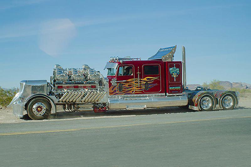 https: img.okeinfo.net content 2019 11 28 312 2135542 modifikasi-mesin-truk-ini-bikin-takut-harganya-capai-rp169-miliar-A4IEBXmRSp.jpg