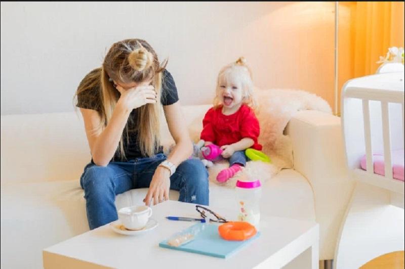 https: img.okeinfo.net content 2019 11 28 612 2135710 cari-pengasuh-anak-dengan-segudang-syarat-tak-masuk-akal-ibu-ini-mendadak-viral-FuNKS9FeH6.jpg