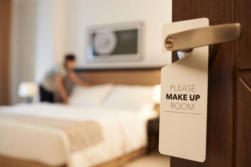 https: img.okeinfo.net content 2019 11 29 406 2135944 sebelum-check-out-jangan-lupa-acak-acak-tempat-tidur-hotel-ini-alasannya-CV90rPuHpb.jpg