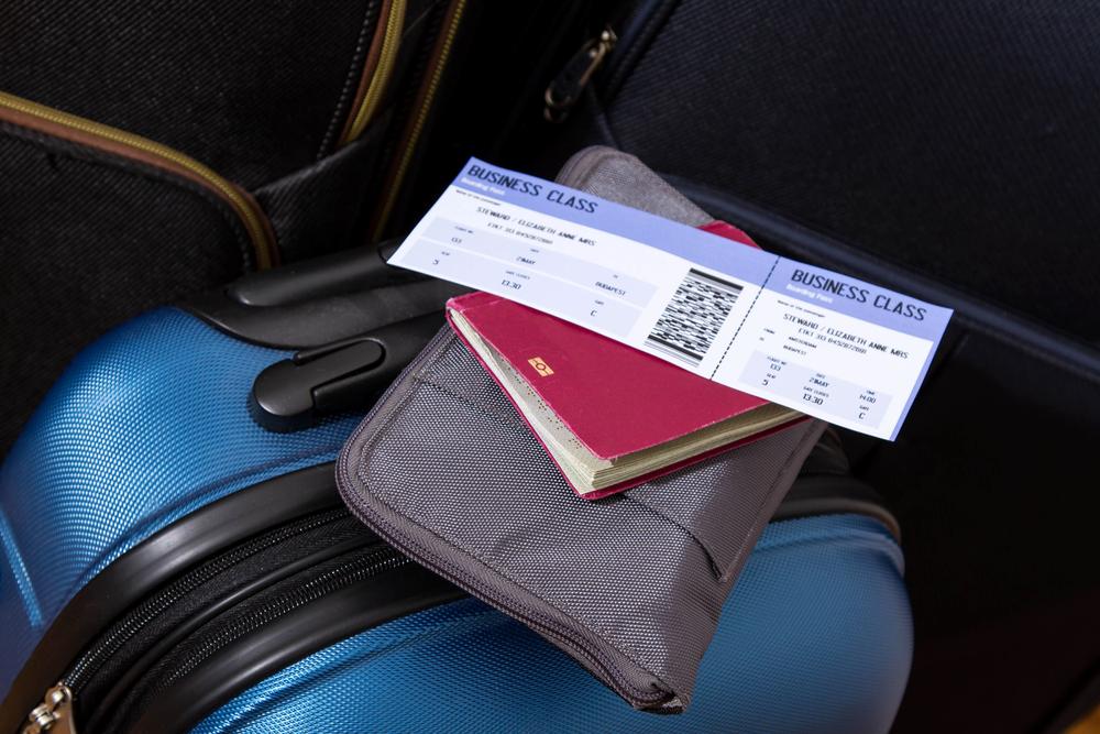 https: img.okeinfo.net content 2019 12 02 20 2137017 harga-tiket-pesawat-bakal-kerek-inflasi-2019-wloXrjANDj.jpg