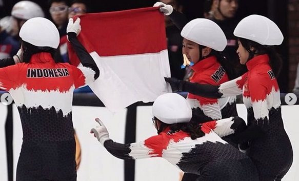 https: img.okeinfo.net content 2019 12 03 43 2137536 ice-skating-indonesia-torehkan-2-medali-perak-di-sea-games-2019-dtl9Ltaamb.jpg