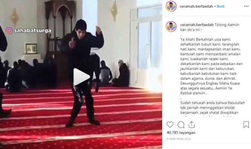 https: img.okeinfo.net content 2019 12 03 614 2137367 hari-disabilitas-sedunia-viral-pemuda-tetap-ke-masjid-meski-sulit-berjalan-MudPwrjGFZ.jpg