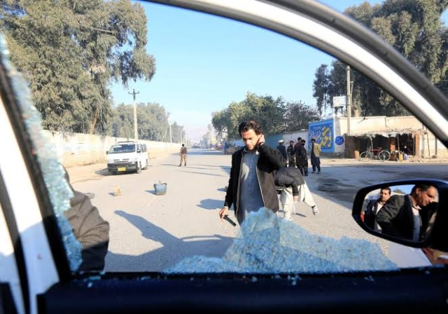 https: img.okeinfo.net content 2019 12 04 18 2138037 kelompok-bersenjata-bunuh-6-orang-di-afghanistan-termasuk-dokter-asal-jepang-AxEBeNvlbD.jpg